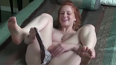 Masturbation while showing feet 1