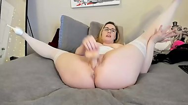 Voted Wettest Step Mom Pussy Live