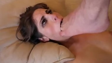 brunette gets her mouth stuffed with toes