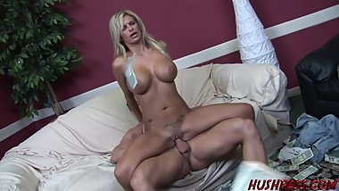 Hot housewife Kendall Brooks gets tagged hardcore by 2 dudes and eats cum