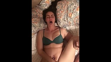Hot wife's orgasm from bulls bwc and she cs all over him