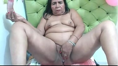 latin granny masturbating